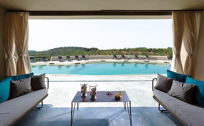 Country House Villadorata — Hotel pool area