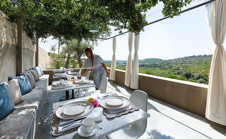 Country House Villadorata — Breakfast terrace
