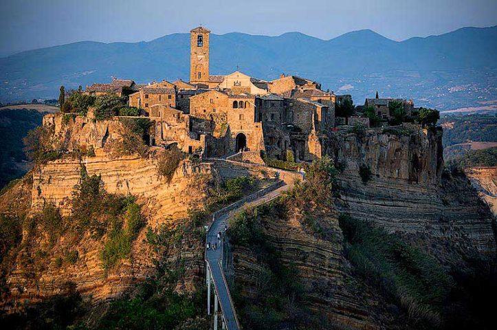 Casa Civita — Town of Civita di Bagnoregio