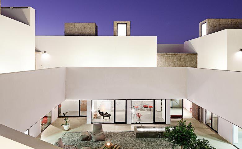 Villa Extramuros — Villa Extramuros courtyard