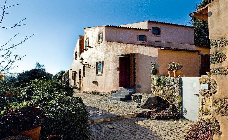 Villa Pedra — Villa Pedra