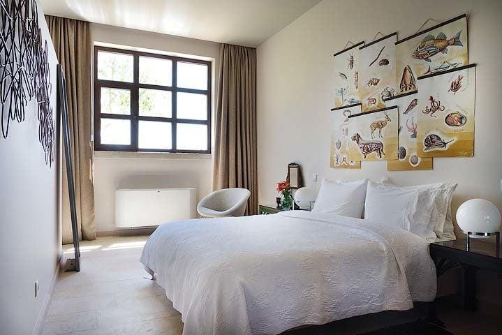 Villa Pedra — Girls school bedroom