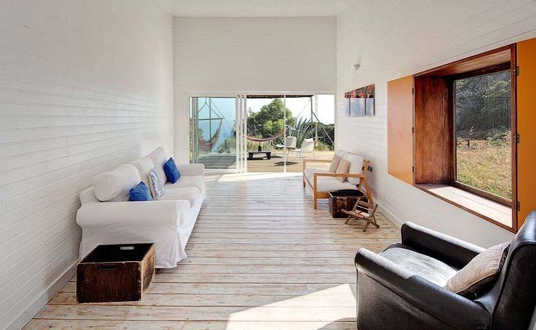 Sea View House — Lounge