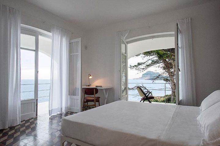 Villa on the Cliff — Bedroom