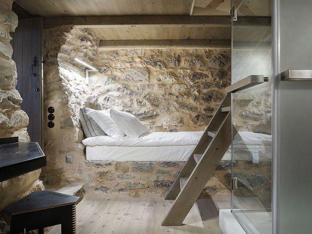 Tainaron Blue Retreat — Junior Suite