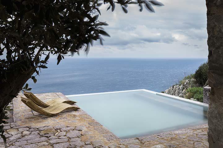 Tainaron Blue Retreat — Pool