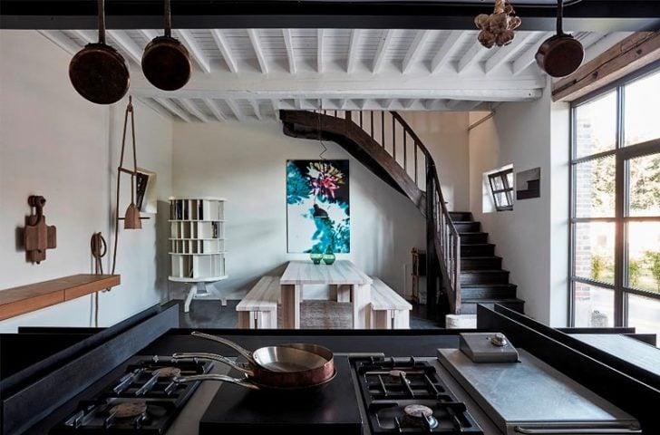 Château de la Resle — Restaurant kitchen