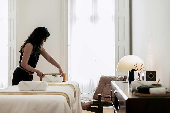 Porto Suites — In-room spa