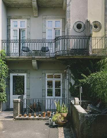 Porto Suites — Rear facade