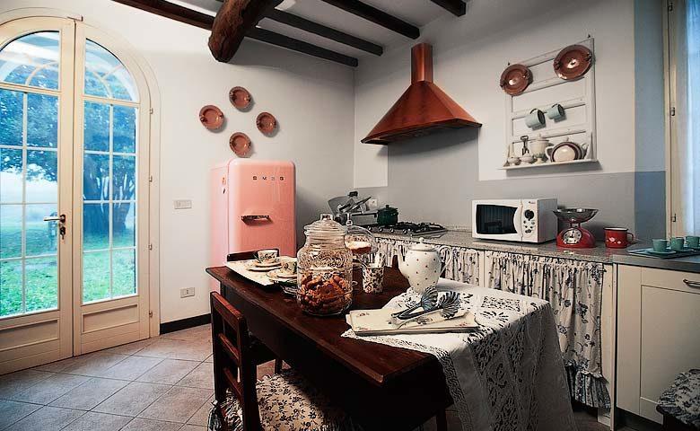 Villa di Parma — Kitchen