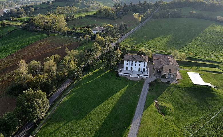 Villa di Parma — Vila di Parma from the air