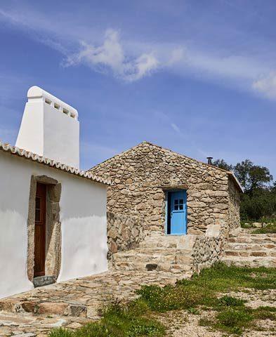 Casas Caiadas — Stone house
