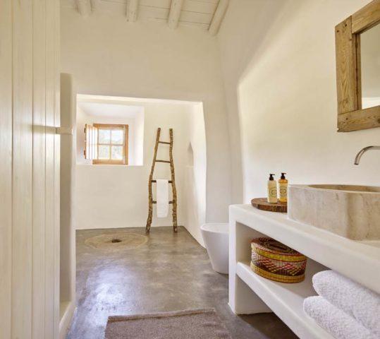 Casas Caiadas — Casa Caiada bathroom