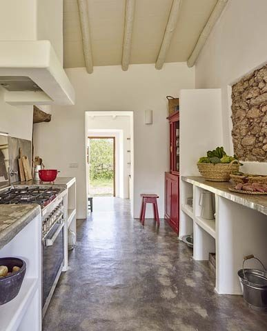 Casas Caiadas — Social house kitchen