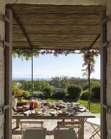 Masseria Petrarolo — Breakfast with ocean view