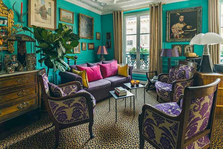 Les3chambres — Turquoise lounge library