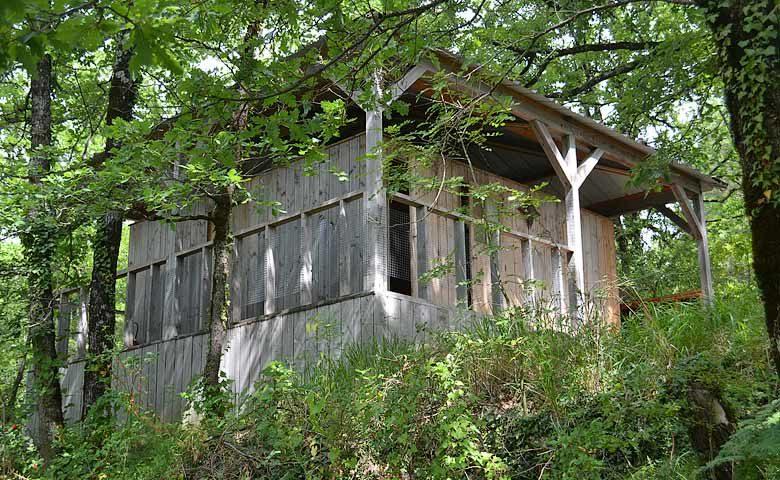 Le Camp — Shower house