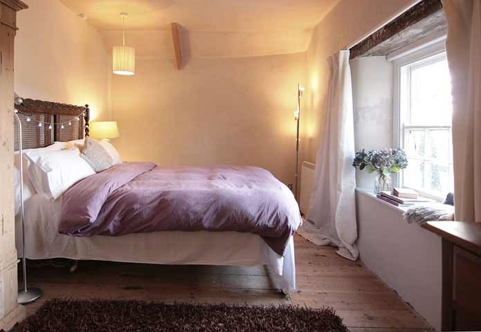 Botelet Cottages — Cowslip cottage double bedroom