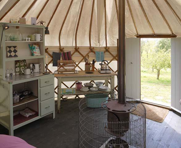 Botelet Yurt — Interior