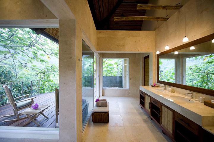 Villa Mayana — Bathroom