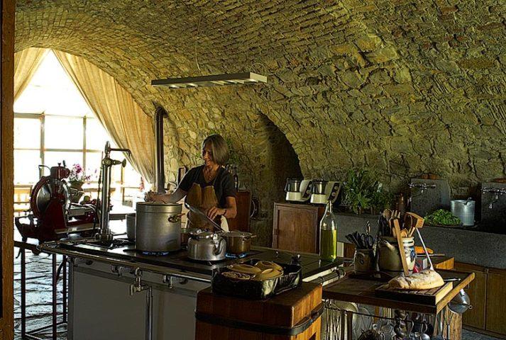 Castello di Vicarello — Castello di Vicarello kitchen