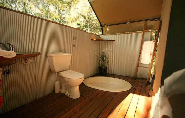 Paperbark Camp — Original Safari Tent bathroom