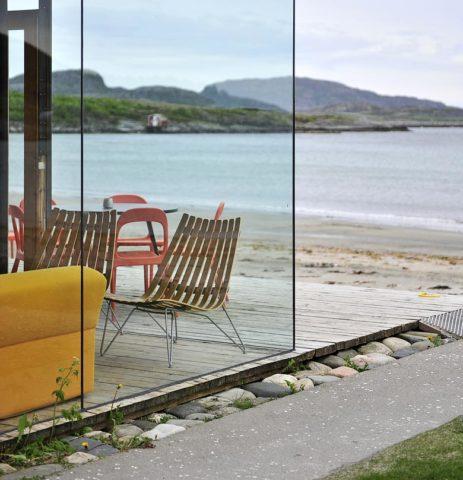 Stokkøya Beach Hotel — Stokkøya Beach Hotel beach bar