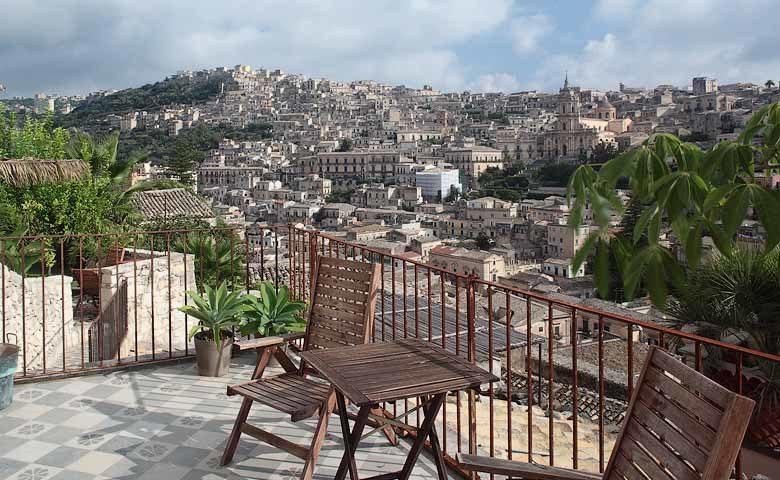 Casa Talía — Sirah terrace