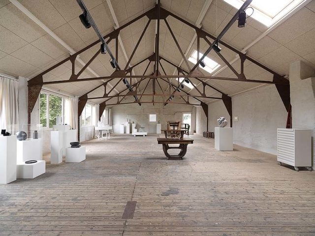 Tielrode — Exhibition room