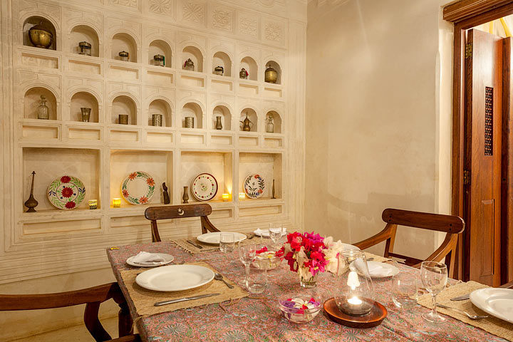 Forodhani House — Dining area