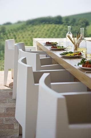 Le Marche Villa — Outside dining area