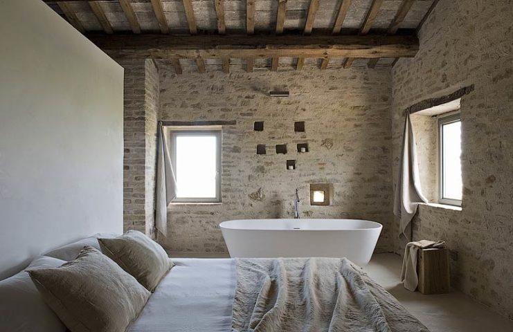Le Marche Villa — Bedroom