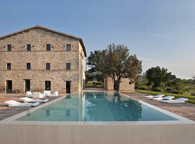 Le Marche Villa — Villa and pool