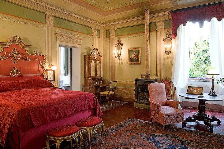 Chianti Villa — Villa bedroom