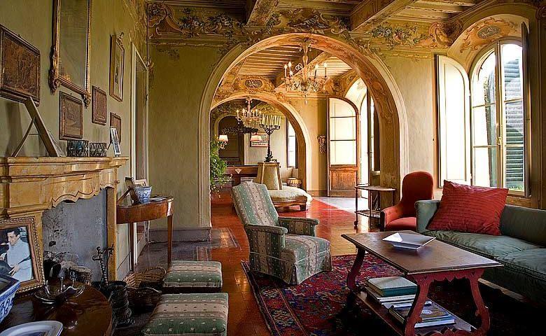 Chianti Villa — Villa lounge area