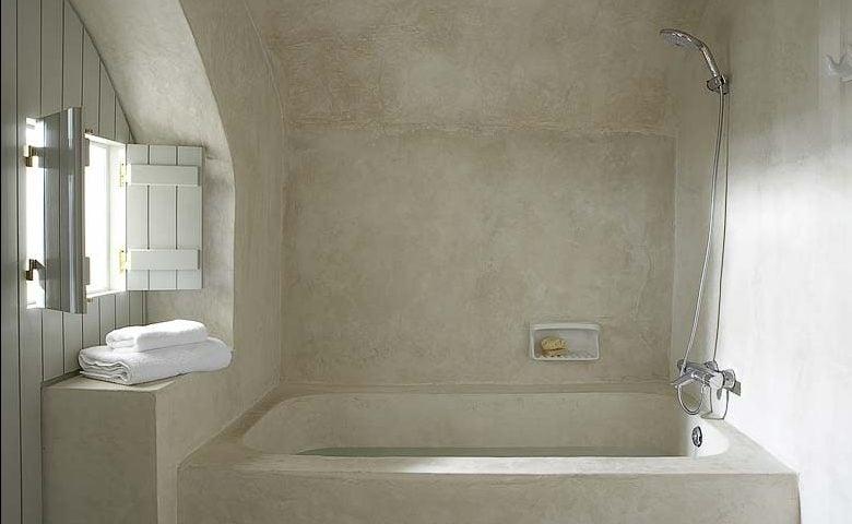White Villa — Bathroom