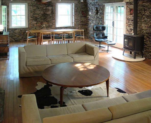 Hudson Valley Mill — Living room