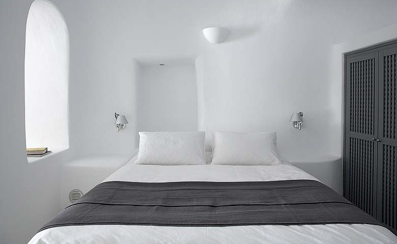 Oia Villa I — Bedroom