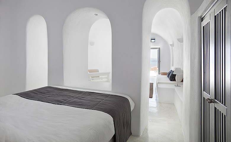 Oia Villa II — Bedroom