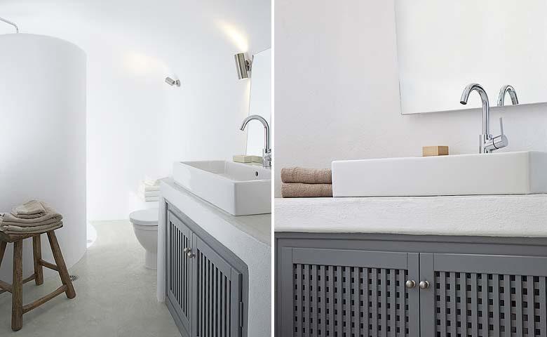 Oia Villa II — Bathroom