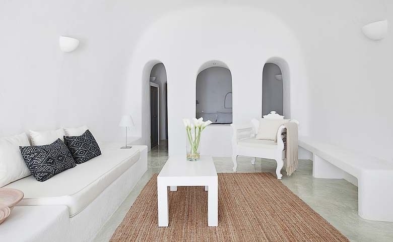 Oia Villa II — Lounge area
