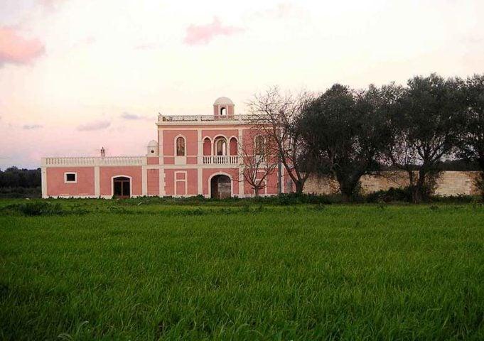 Villa Pizzorusso — Villa Pizzorusso