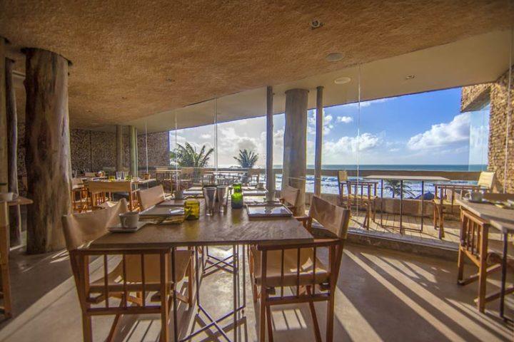 Kenoa Beach Spa & Resort — Restaurant
