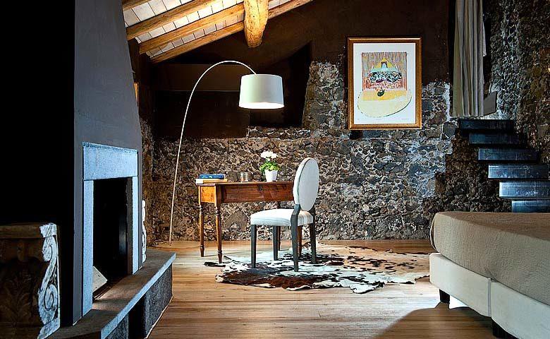 Monaci delle Terre Nere — Deluxe Room