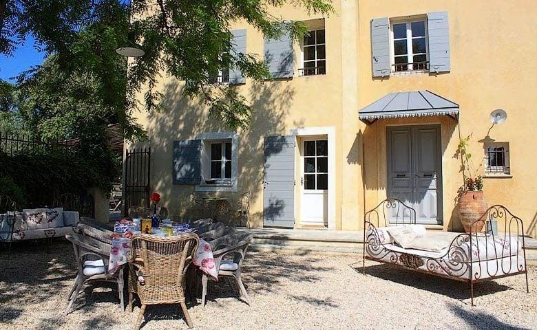 Ferme du Vigneron — Courtyard