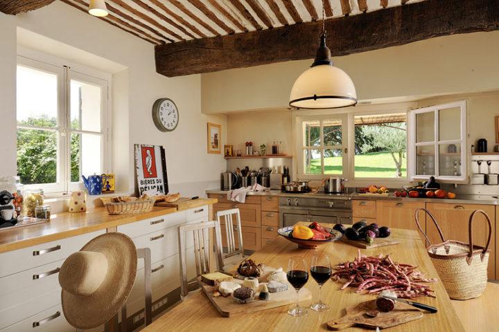 Ferme du Vigneron — Kitchen