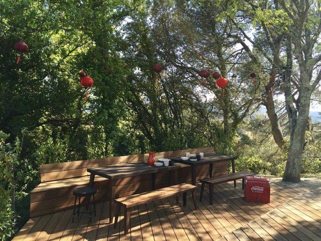 Ferme du Vigneron — Pool dining area