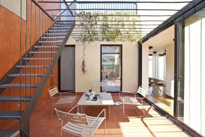 Urgell Apartment — Urgell Apartment terrace