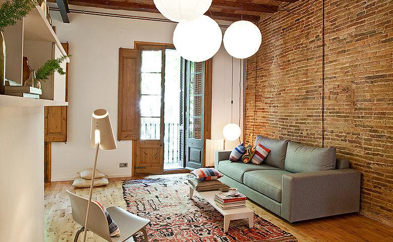 Eixample Apartment — Eixample Apartment living area