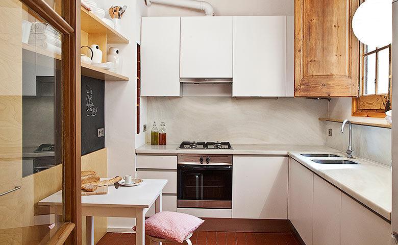 Eixample Apartment — Kitchen